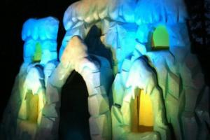 EPS Foam Ice Castle by Imagine Factory